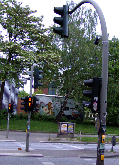 Big Brother - like traffic light (with 4 spy - cams, see notes)