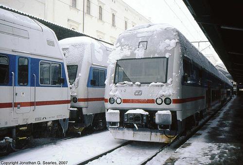 Class 471 and 971(?) EMUs In The Snow, Masarykovo Nadrazi, Prague, CZ, 2007