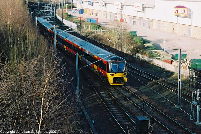 Class 333 Departing Bradford Forster Square, Picture 2, Bradford, West Yorkshire, England(UK), 2007