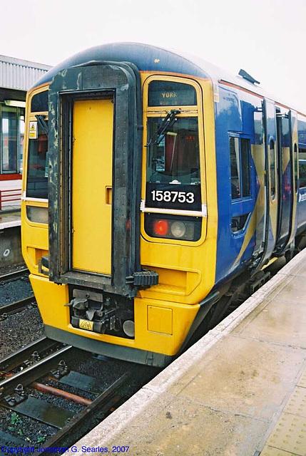 Northern Trains #158753, Bradford Interchange, Bradford, West Yorkshire, England(UK), 2007