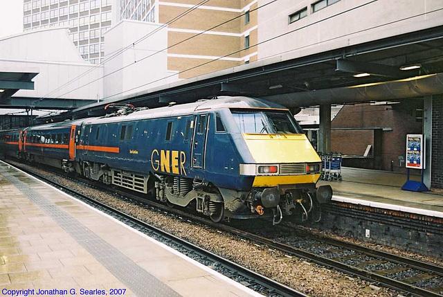 """GNER #91106, """"East Lothian,"""" Leeds New Station, Leeds, West Yorkshire, England(UK), 2007"""