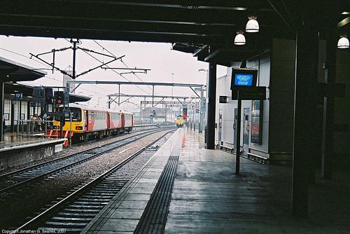 Missed Freight, Leeds New Station, Leeds, West Yorkshire, England(UK), 2007