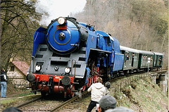 ex-CSD #498.022 Passing Krivoklat, Bohemia (CZ), 2007