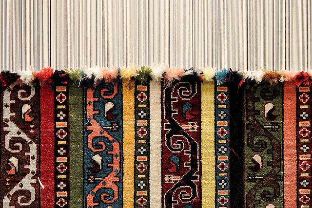 Ein Menschenleben ist ein Teppich aus zahllosen Fäden ...