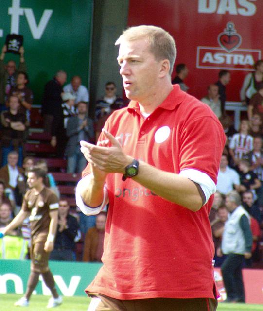 André Trulsen. Trainer oder sowas