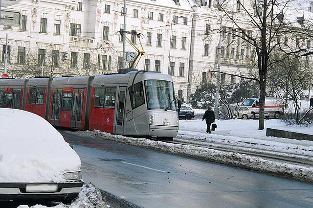 DPP #9111, Approaching Karlovo Namesti, Prague, CZ, 2007