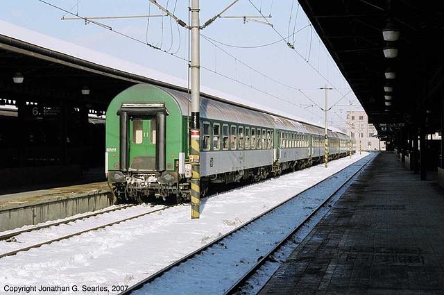 CD Train #R641 Locoless, Praha Hlavni Nadrazi, Prague, CZ, 2007