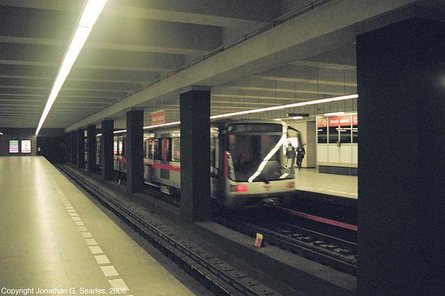 Hlavni Nadrazi Metro, Prague, CZ, 2006
