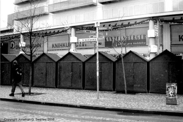 Kiosks, Andel (Smichov), Prague, CZ, 2006
