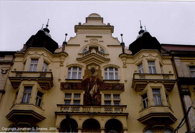 Building Sculptures, Dukelskych Hrdinu, Prague, CZ, 2006