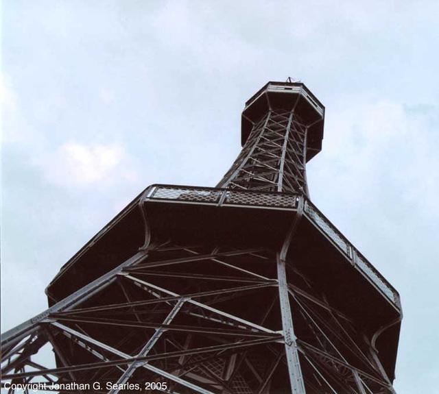 Petrin Watchtower, Picture 3, Prague, CZ, 2005
