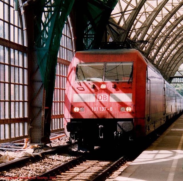 DB #101 137-8, Dresden HBF, Dresden, Sachsen (Saxony), Germany, 2005