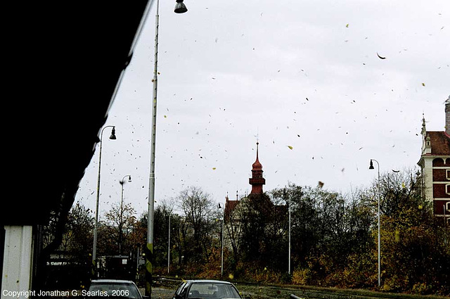 Flying Leaves, Nadrazi Branik, Prague, CZ, 2006