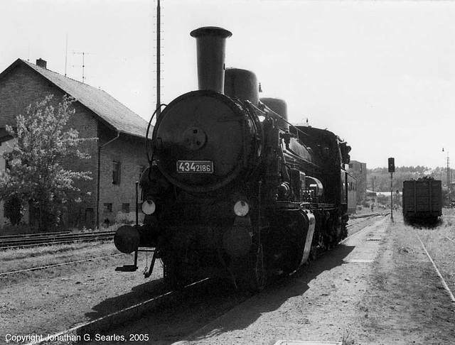 ex-CSD #434.2186 at Tynec nad Sazavou, CZ, 2005