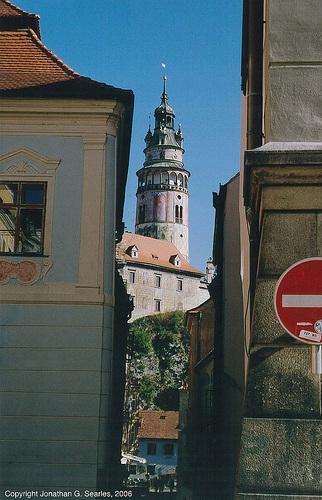 Krumlovsky Vez Framed By Alley, Cesky Krumlov, South Bohemia (CZ), 2006