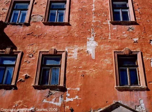 Red Windows, Cesky Krumlov, South Bohemia (CZ), 2006