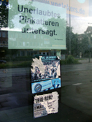 Unerlaubtes Plakatieren untersagt.
