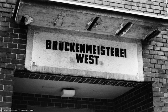 Bruckenmeisterei West Office, Rangierbahnhof Tempelhof, Berlin, Germany, 2007