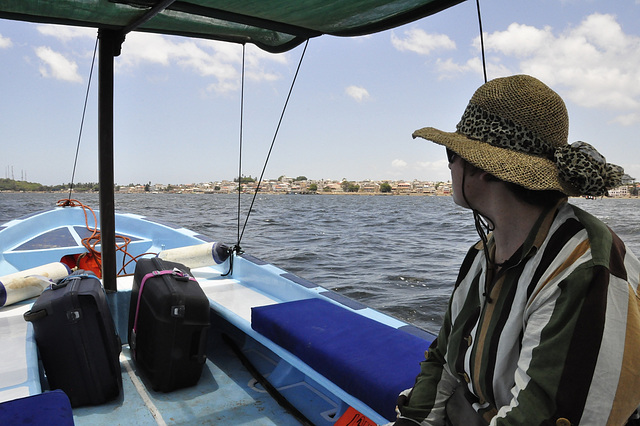 Überfahrt von Manda Island