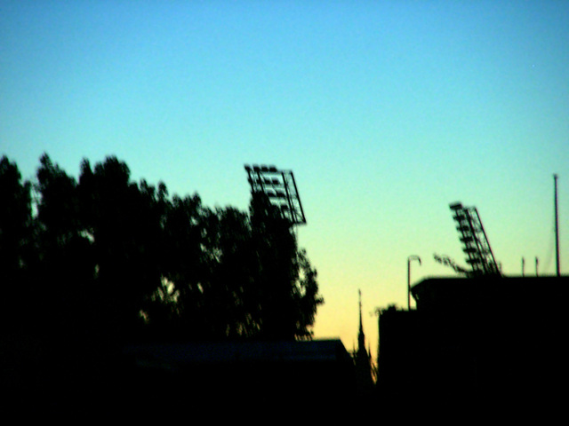 Blue-yellow floodlights (Millerntor-stadium)