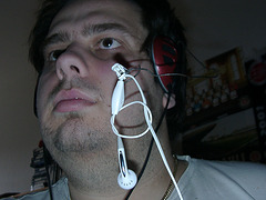 This is what you could call a selfmade headset