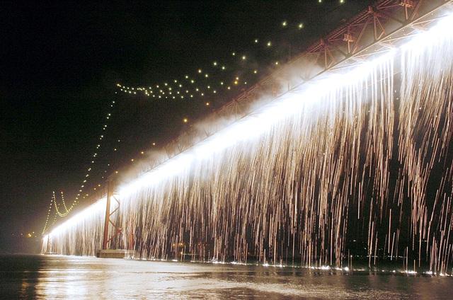 Lisboa, Bridge 25th April