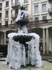 ice-fountain