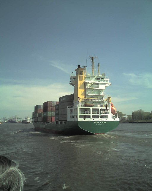 elbe, containership@hamburg / 070425 145415
