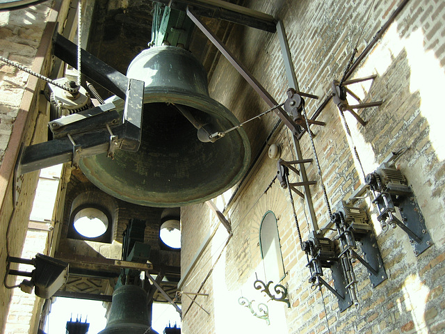 "Sevilla, Cathedral bell's tower ""La Giralda"""
