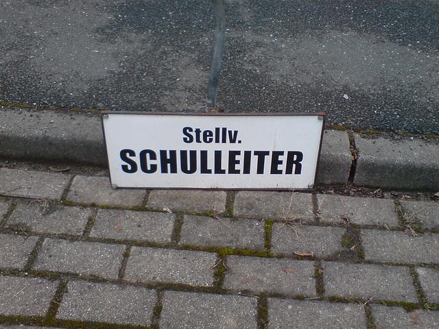 stv-schulleiter01201