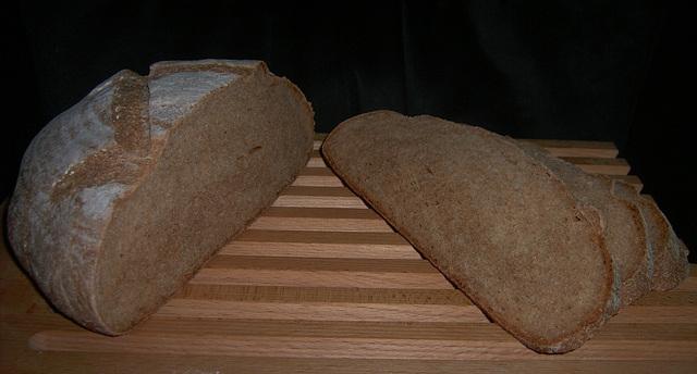 Yogurt Bread (100% Whole Wheat Spelt), yogurtbrood (100% speltvolkorenbrood) 2