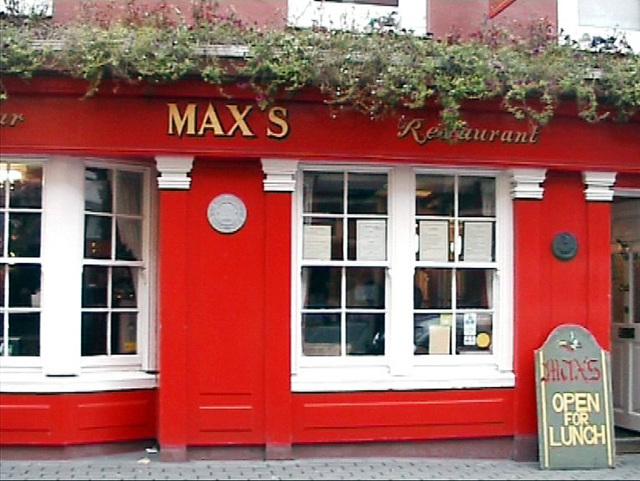 Pub in Kenmar(Irland)