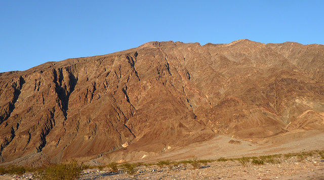 Along Badwater Road (3382)