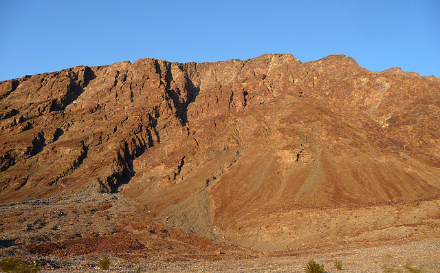 Along Badwater Road (3383)