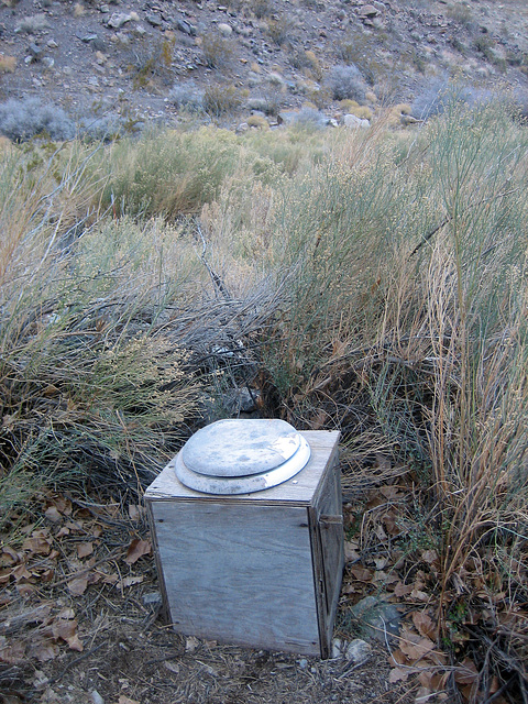 Johnson Canyon Toilet (8578)