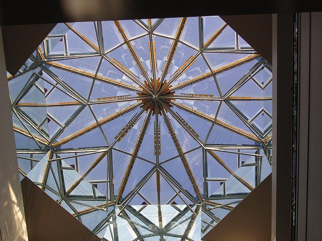 Dach-Pyramide von unten