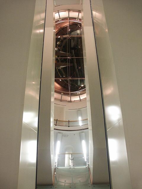 unter der Treppe