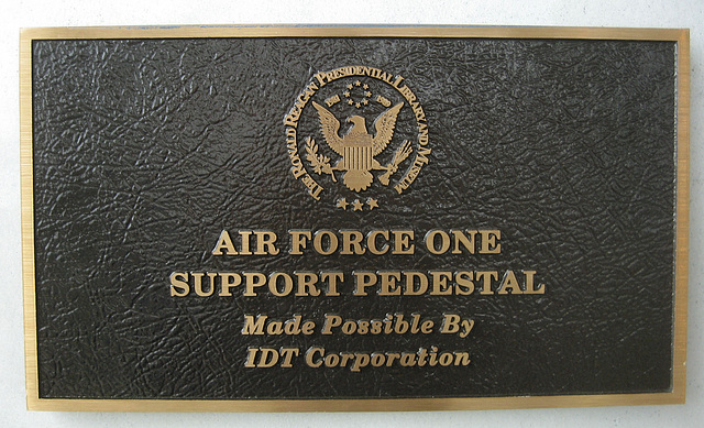 Air Force One Support Pedestal (8899)