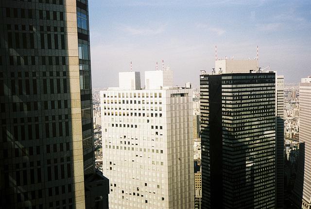 tokyo-10-2001-2-02