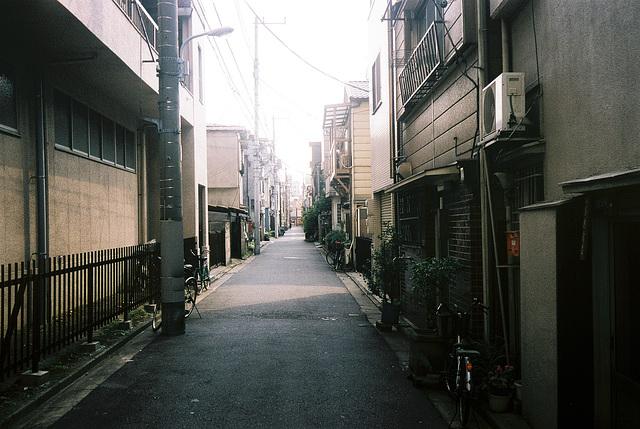 tokyo-10-2001-2-13
