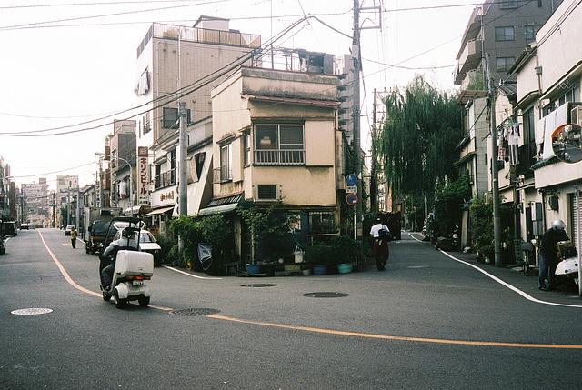 tokyo-10-2001-2-14