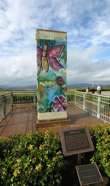 Berlin Wall Chunk (6835)