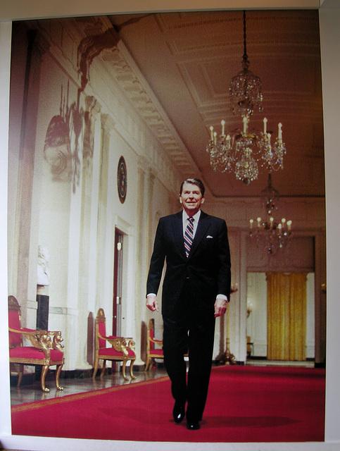 Reagan (6878)