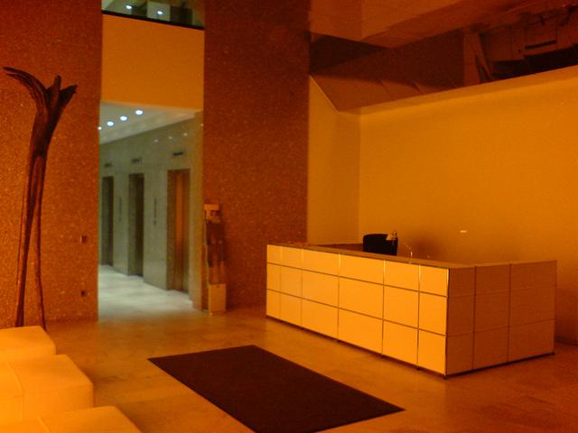 westend-lobby-00924
