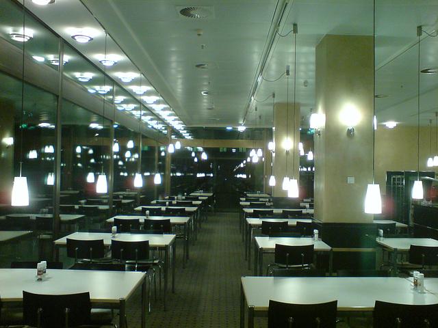 westend-lobby-00930