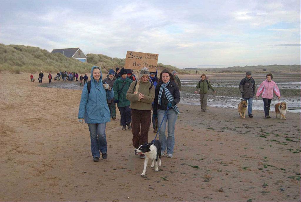 Menie Links - Protest walk 008