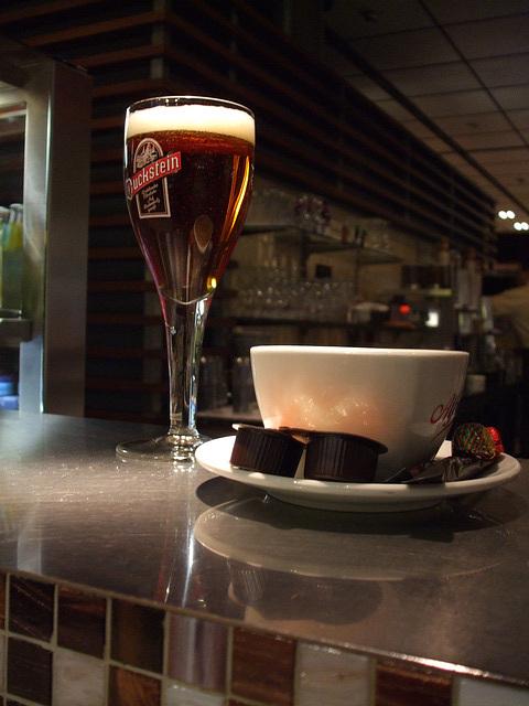 Café im Hamburger Flughafen / DSCF1056