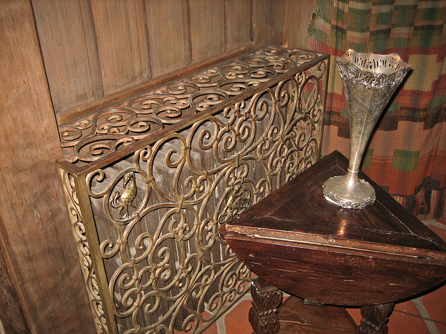 Scotty's Castle Radiator Grill (8739)