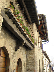 Assise, Middle Ages' balcony