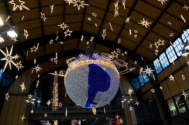 Weihnachtsdeko HH Hbf